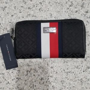 Tommy Hilfiger Ladies Wallet